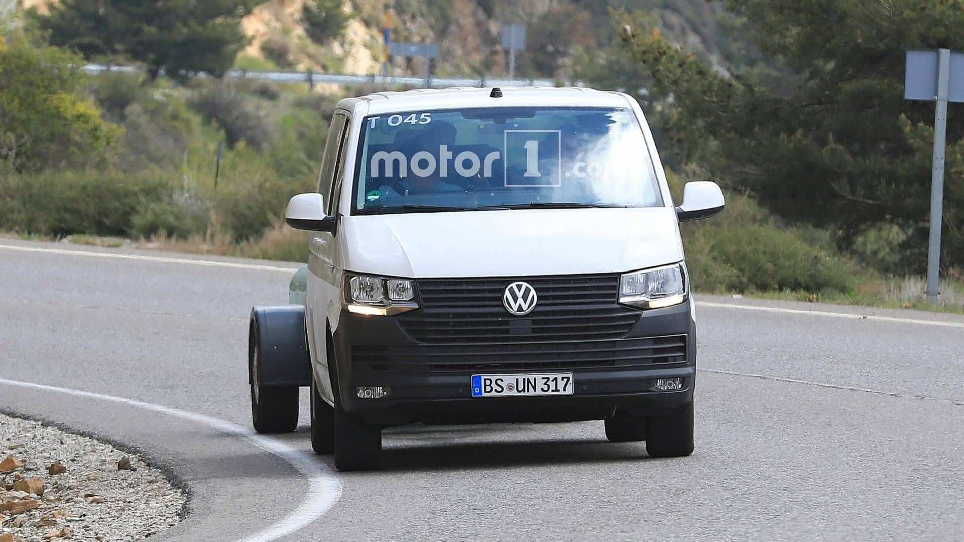 11 A 2019 VW Transporter Speed Test