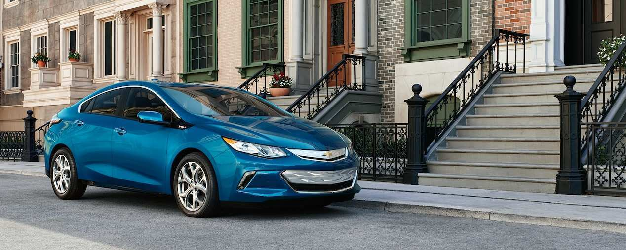 11 A 2020 Chevy Volt Photos