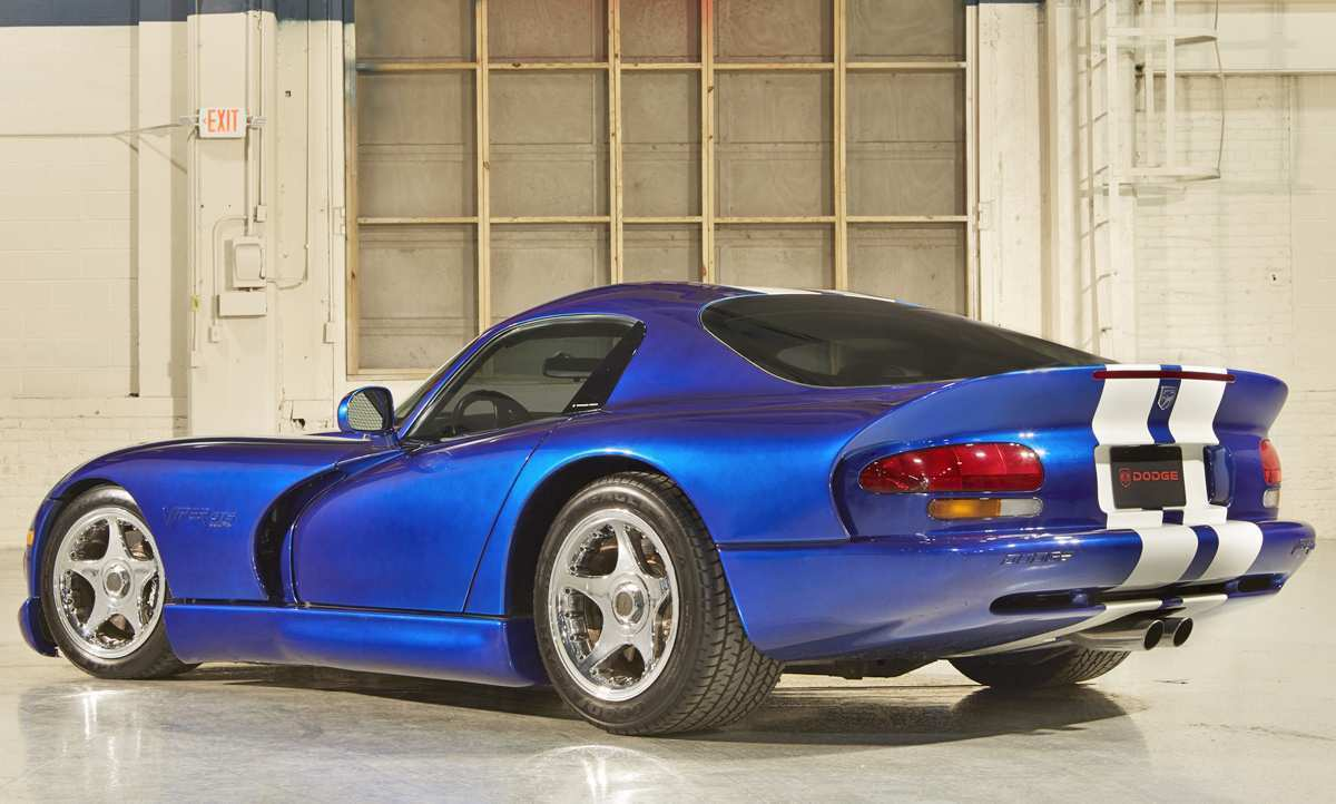 11 A 2020 Dodge Viper Roadster Redesign