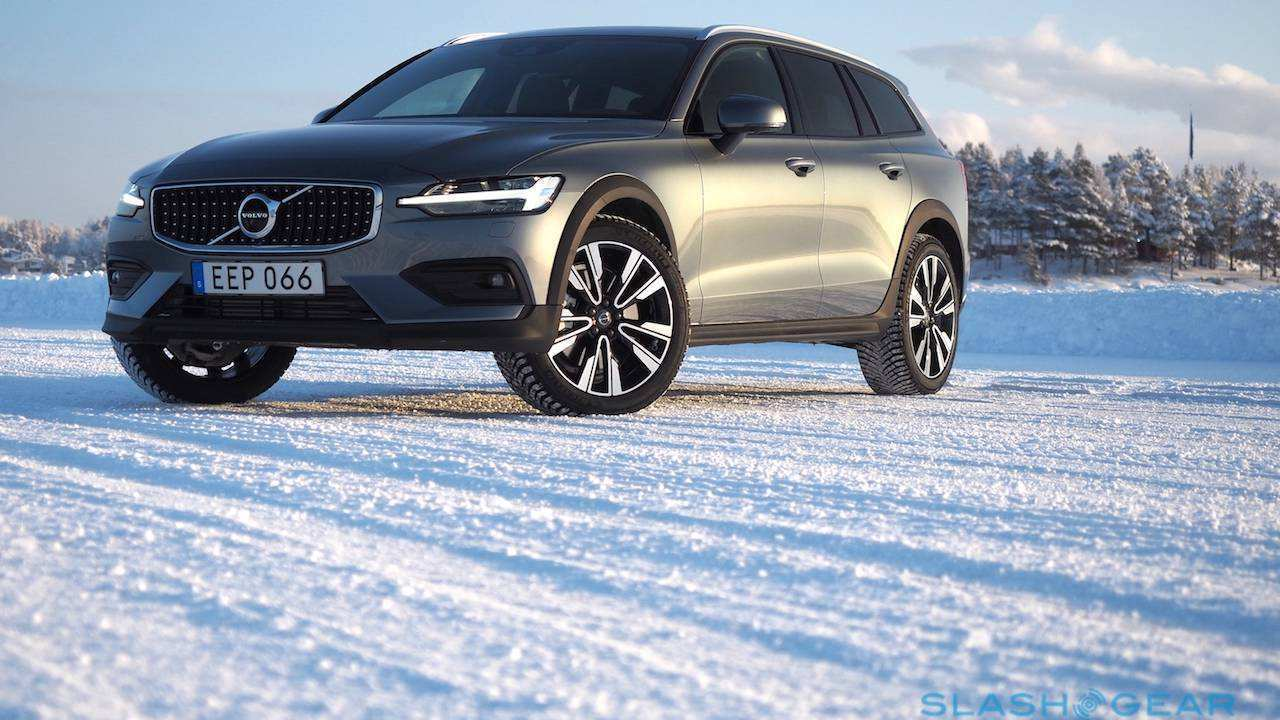 11 New 2020 Volvo V60 Cross Country First Drive