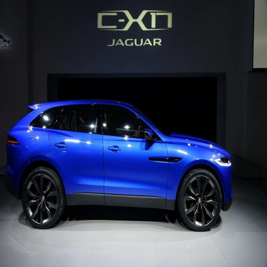 12 All New 2019 Jaguar C X17 Crossover Exterior And Interior