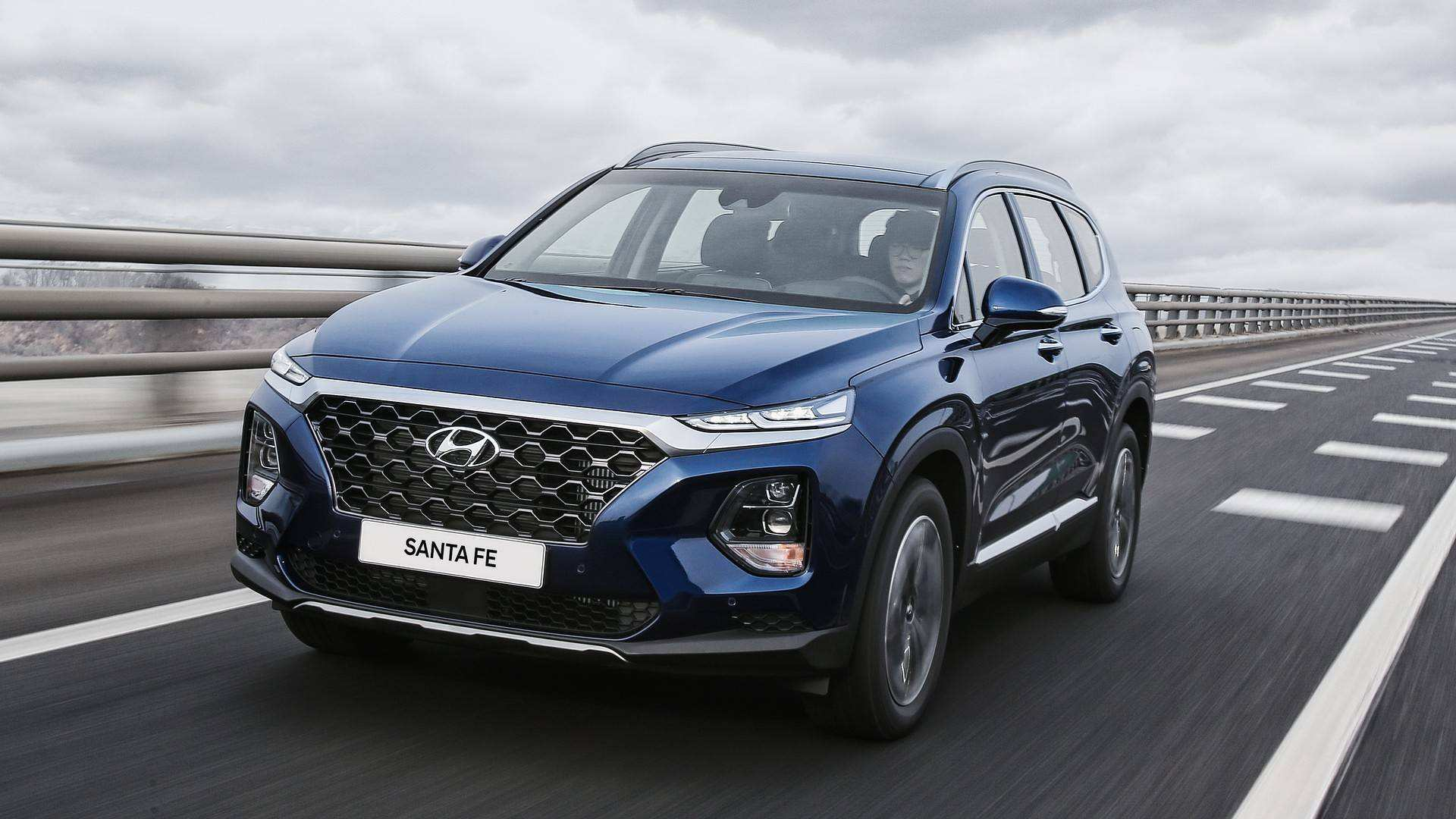 12 The 2020 Hyundai Santa Fe Sport Engine