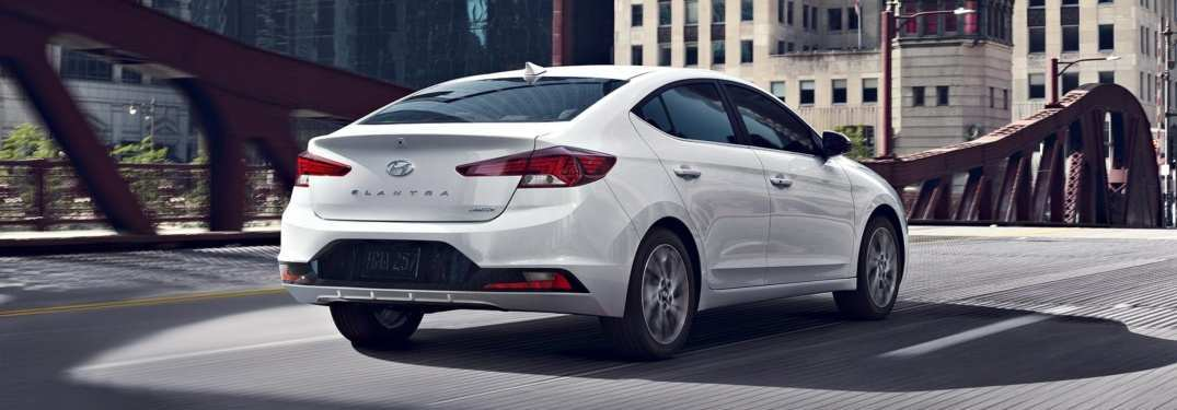13 A 2019 Hyundai Elantra Photos