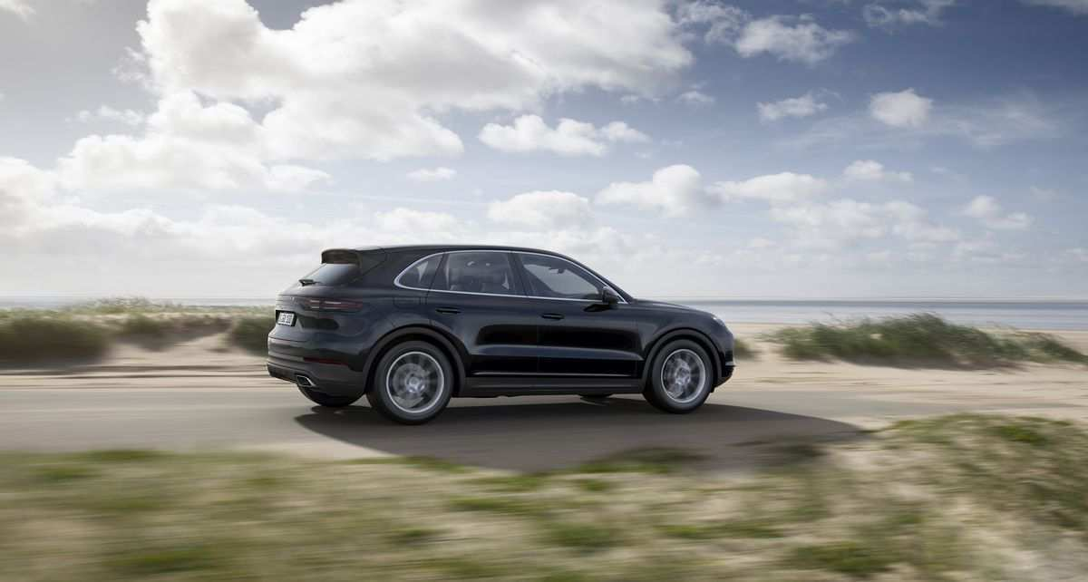 13 A 2019 Porsche Cayenne Model Specs And Review