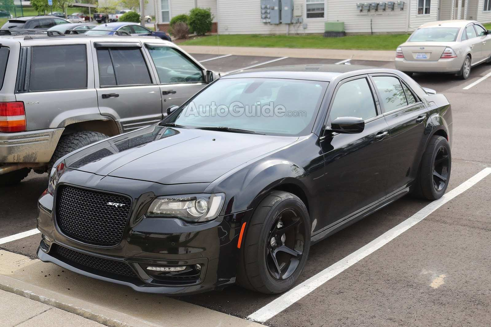 13 A 2020 Chrysler 300 Srt8 Engine
