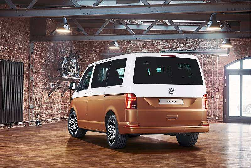 13 A 2020 Volkswagen Transporter Pictures
