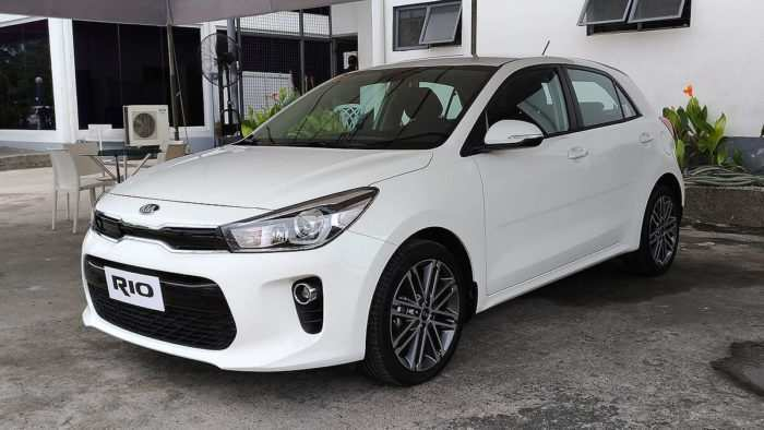 13 The 2020 Kia Rio Pictures