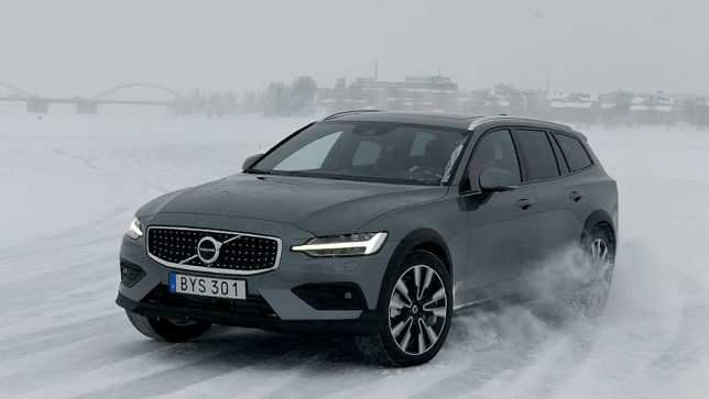 13 The Best 2019 Volvo V60 Cross Country First Drive