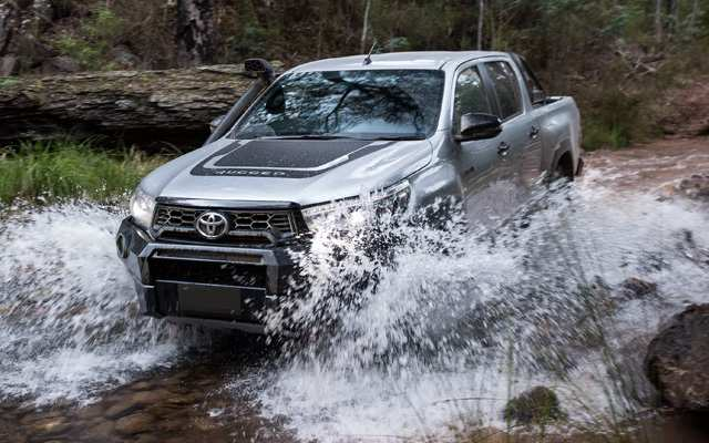 13 The Best Toyota Hilux 2020 Spy Shoot