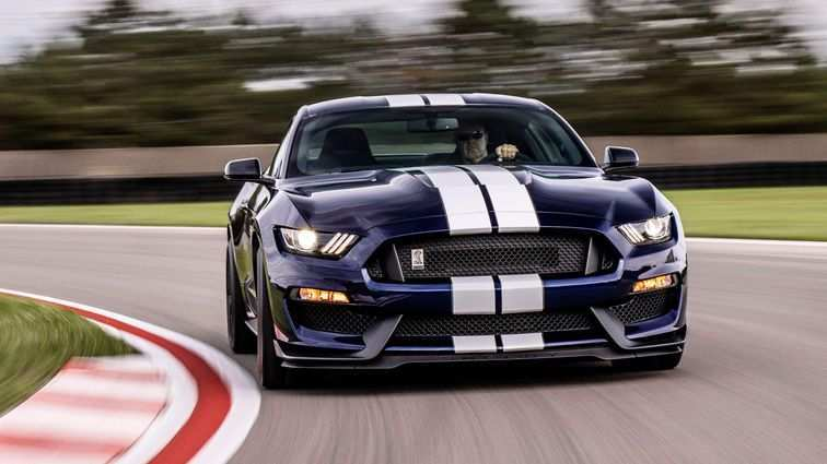 14 A 2019 Ford GT500 Pricing