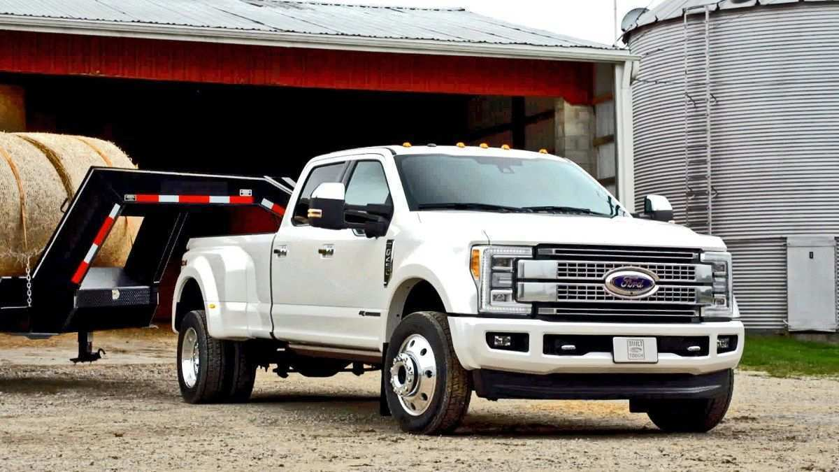 14 A 2019 Spy Shots Ford F350 Diesel Performance And New Engine