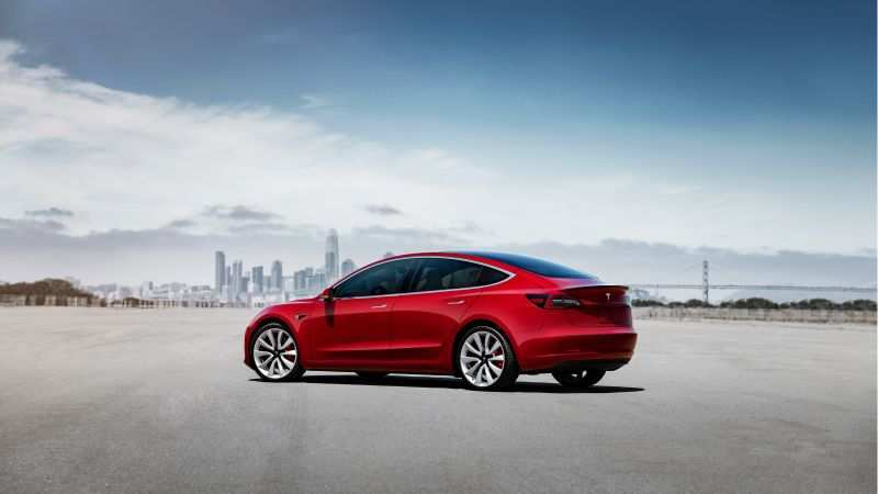 14 A 2019 Tesla 3 New Review