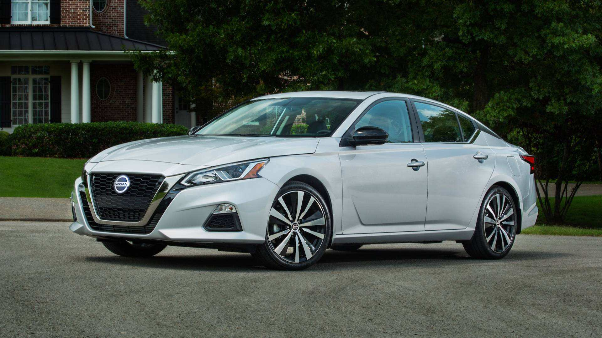 14 A Nissan Altima 2019 Performance