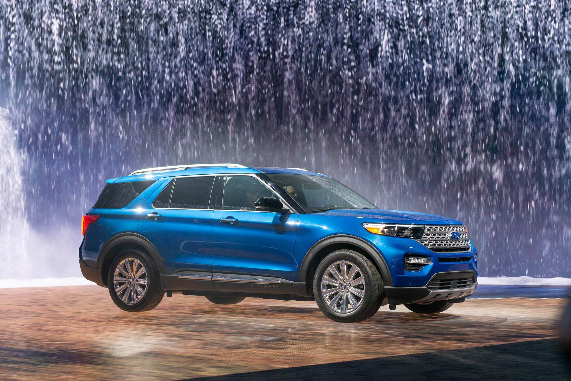 14 All New Ford Hybrid Explorer 2020 Pictures