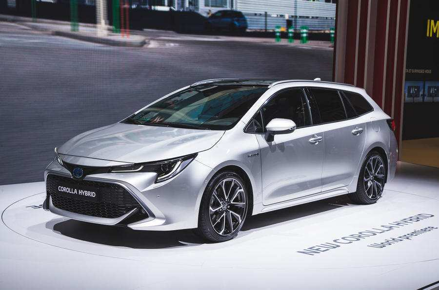 14 Best 2019 Toyota Avensis Style