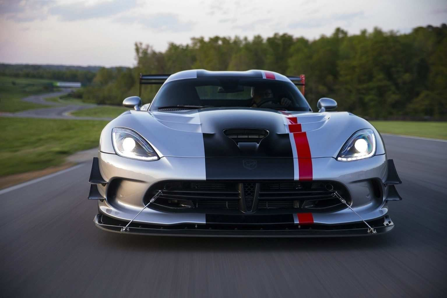 14 New 2019 Dodge Viper Configurations