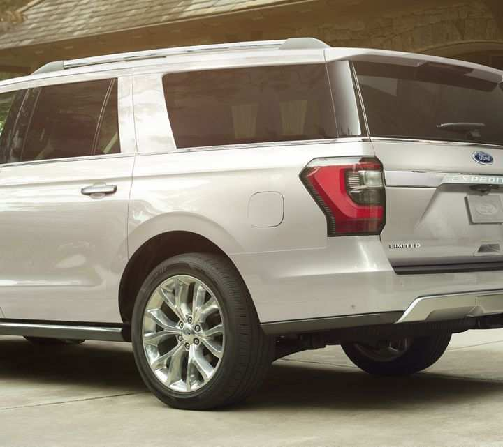 14 New 2019 Ford Expedition Performance