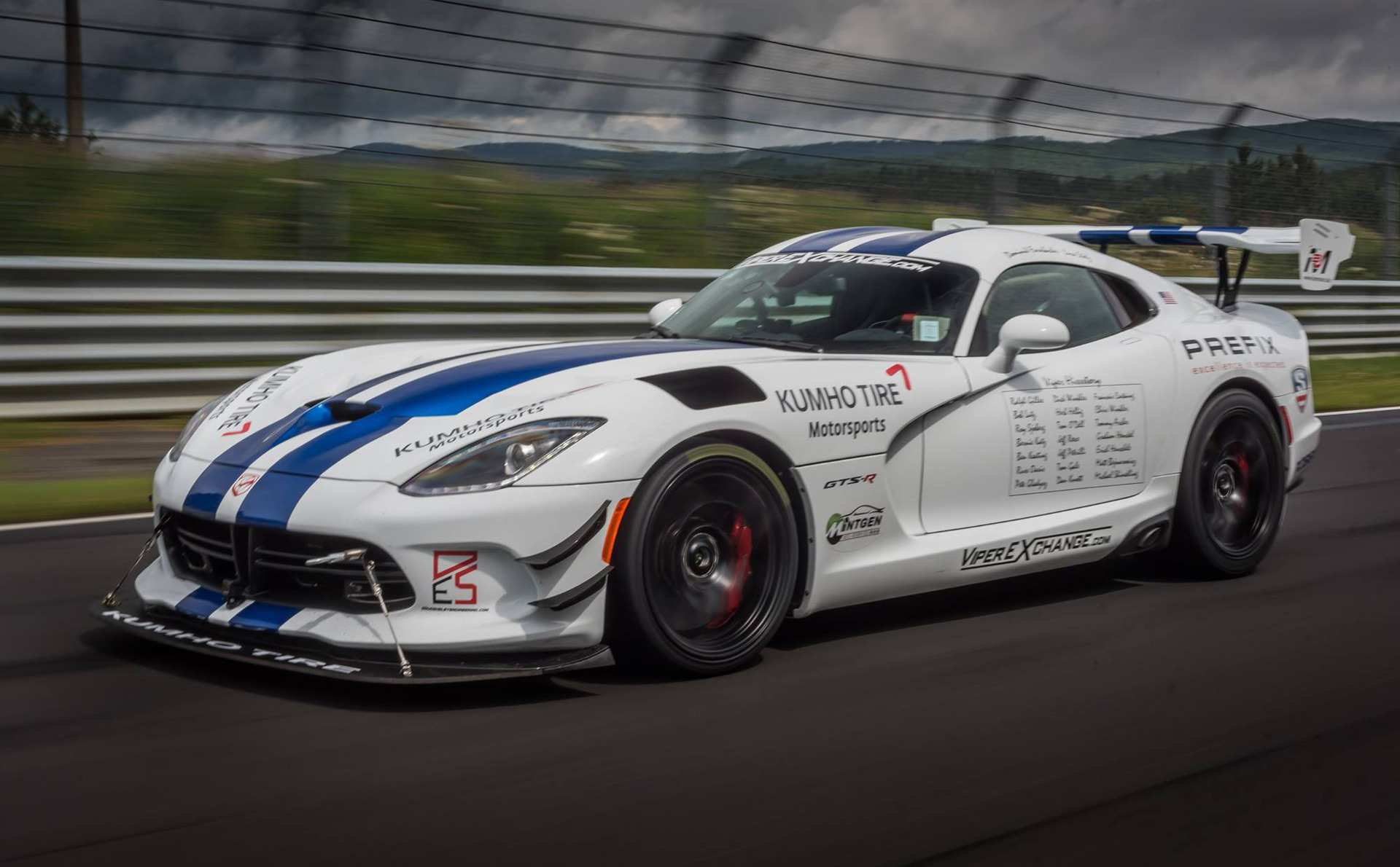 14 The 2019 Dodge Viper ACR Review And Release Date