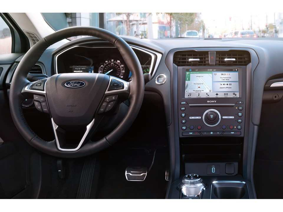 14 The 2019 Ford Fusion Energi Pictures