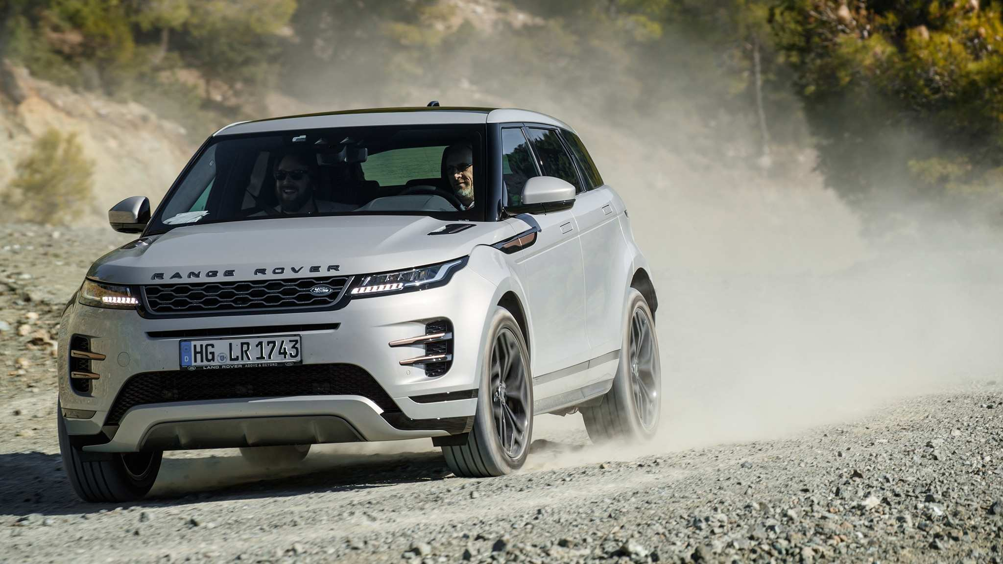 14 The 2020 Range Rover Evoque Xl Reviews