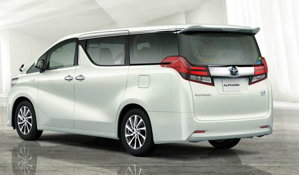 14 The 2020 Toyota Alphard Pictures