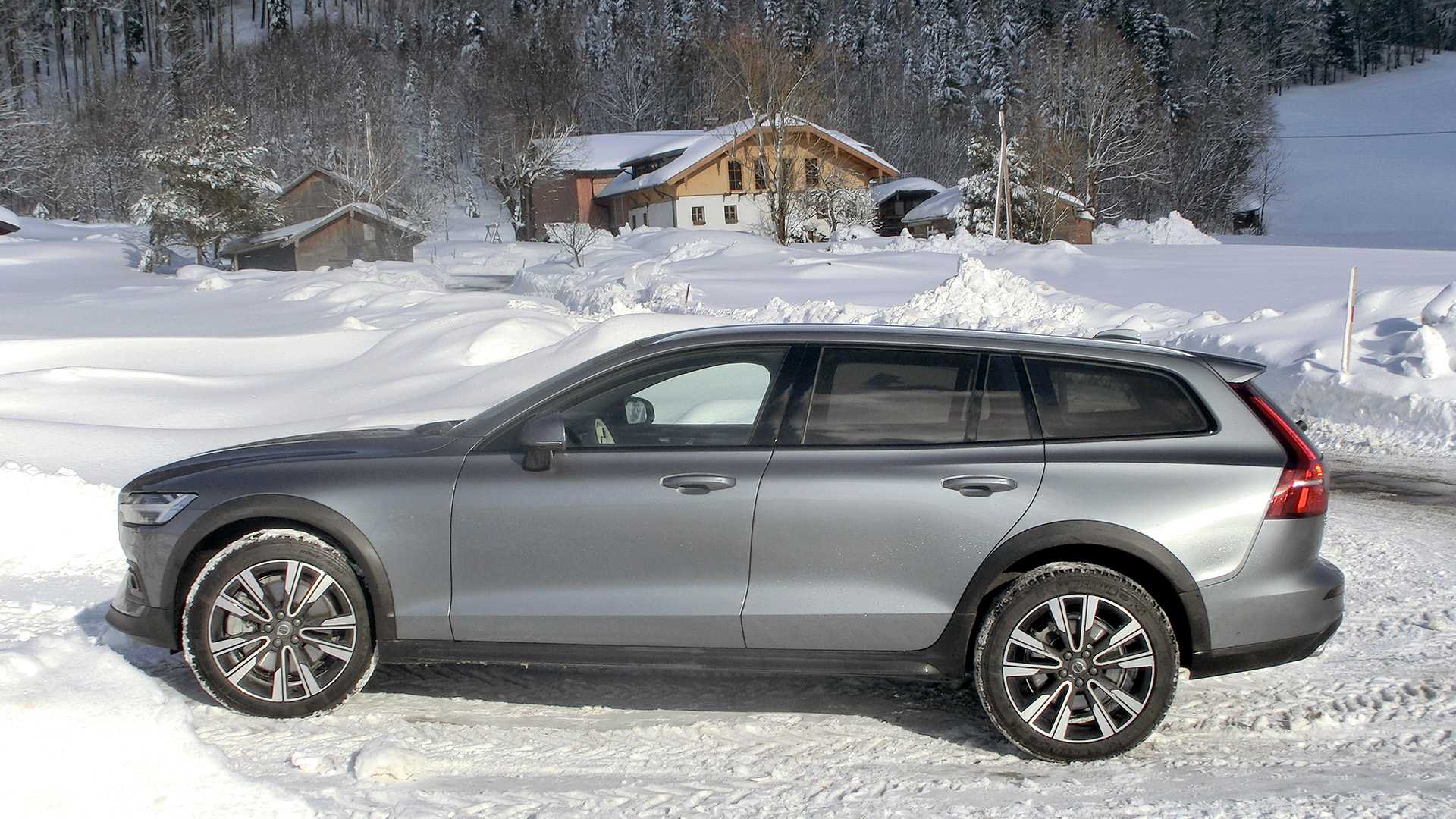 14 The Best Volvo 2019 V60 Cross Country History