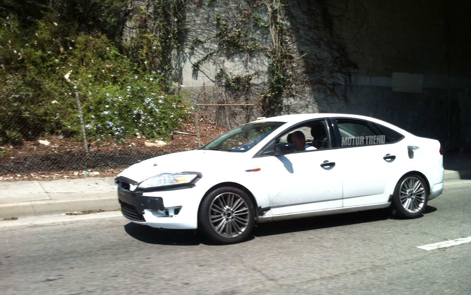 14 The Spy Shots Ford Fusion Engine