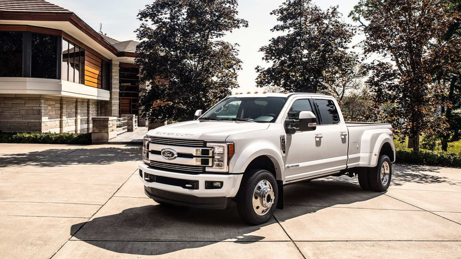 15 A 2019 Ford F450 Super Duty Specs