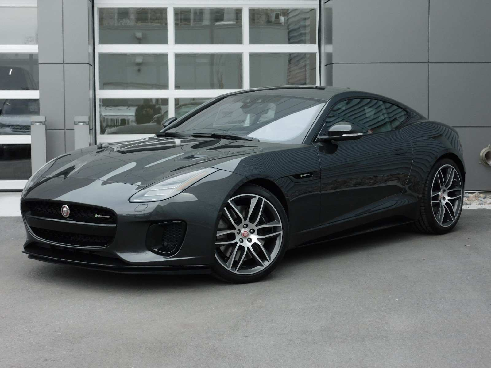 15 A 2020 Jaguar F Type Speed Test