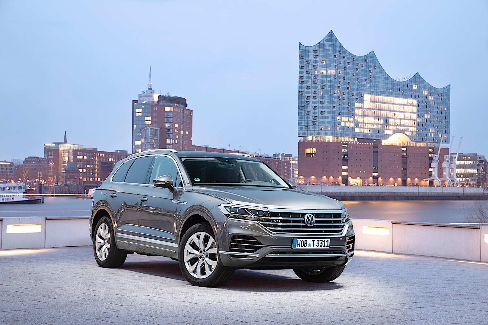 15 A 2020 VW Touareg Spesification