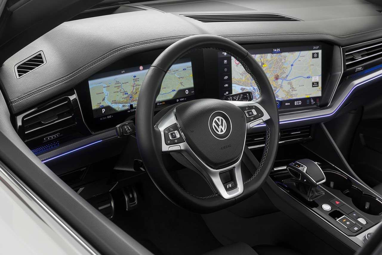 15 A Vw Touareg 2019 Interior New Review