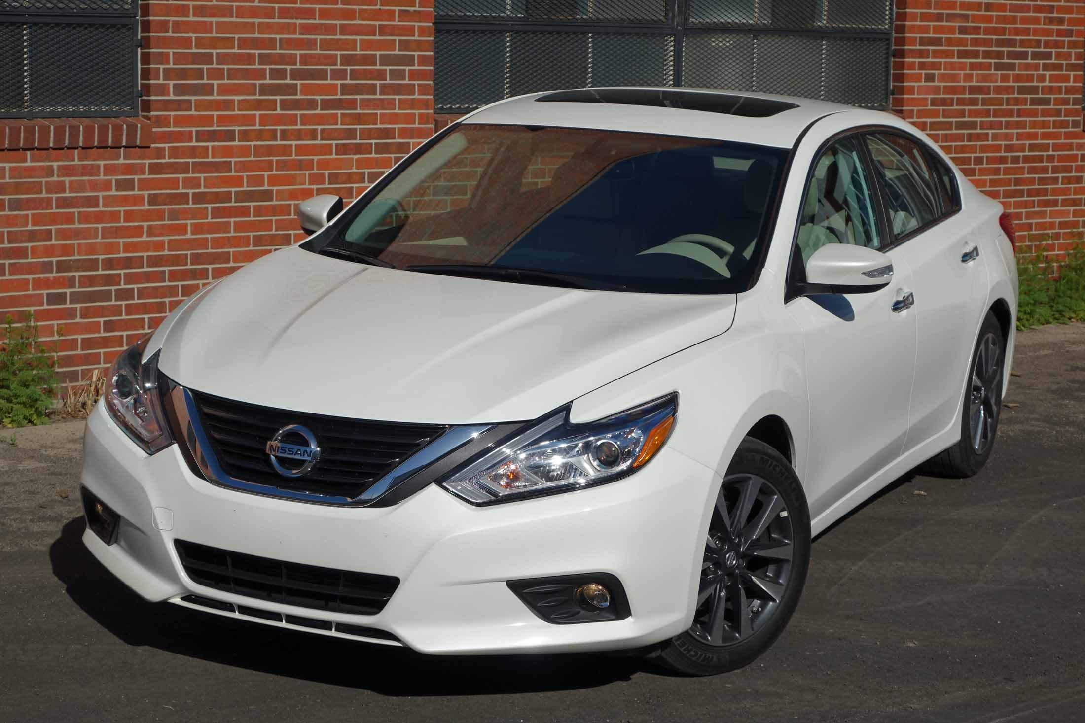 15 Best 2020 Nissan Altima Coupe Price