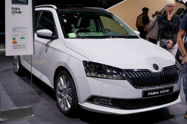 15 New 2019 Skoda Roomster Picture