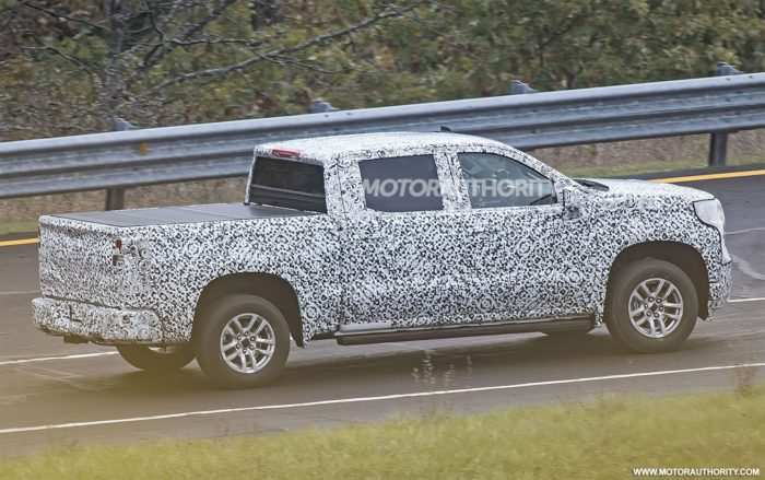 15 The 2019 Toyota Hilux Spy Shots Specs