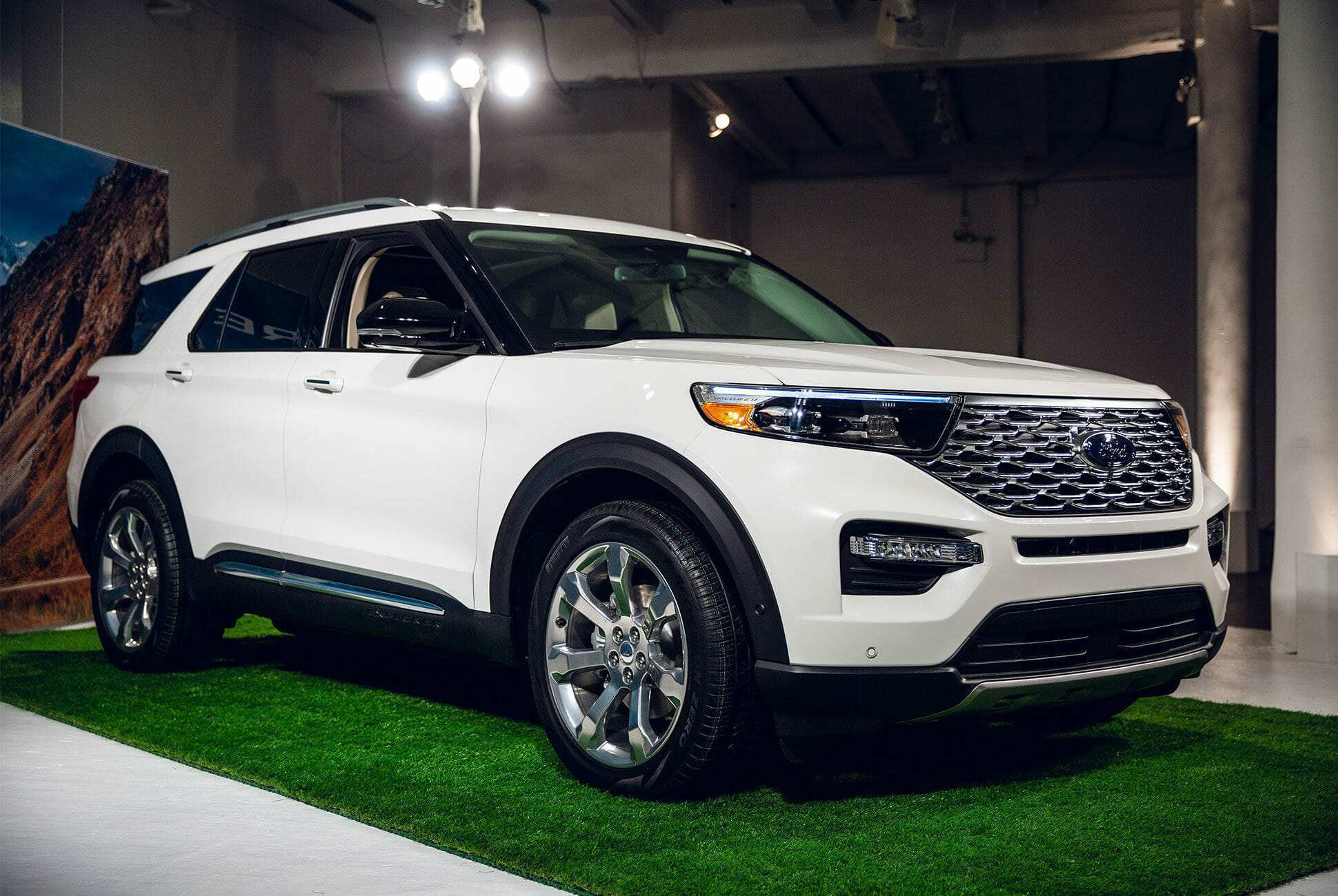 15 The 2020 Ford Explorer Limited Exterior And Interior