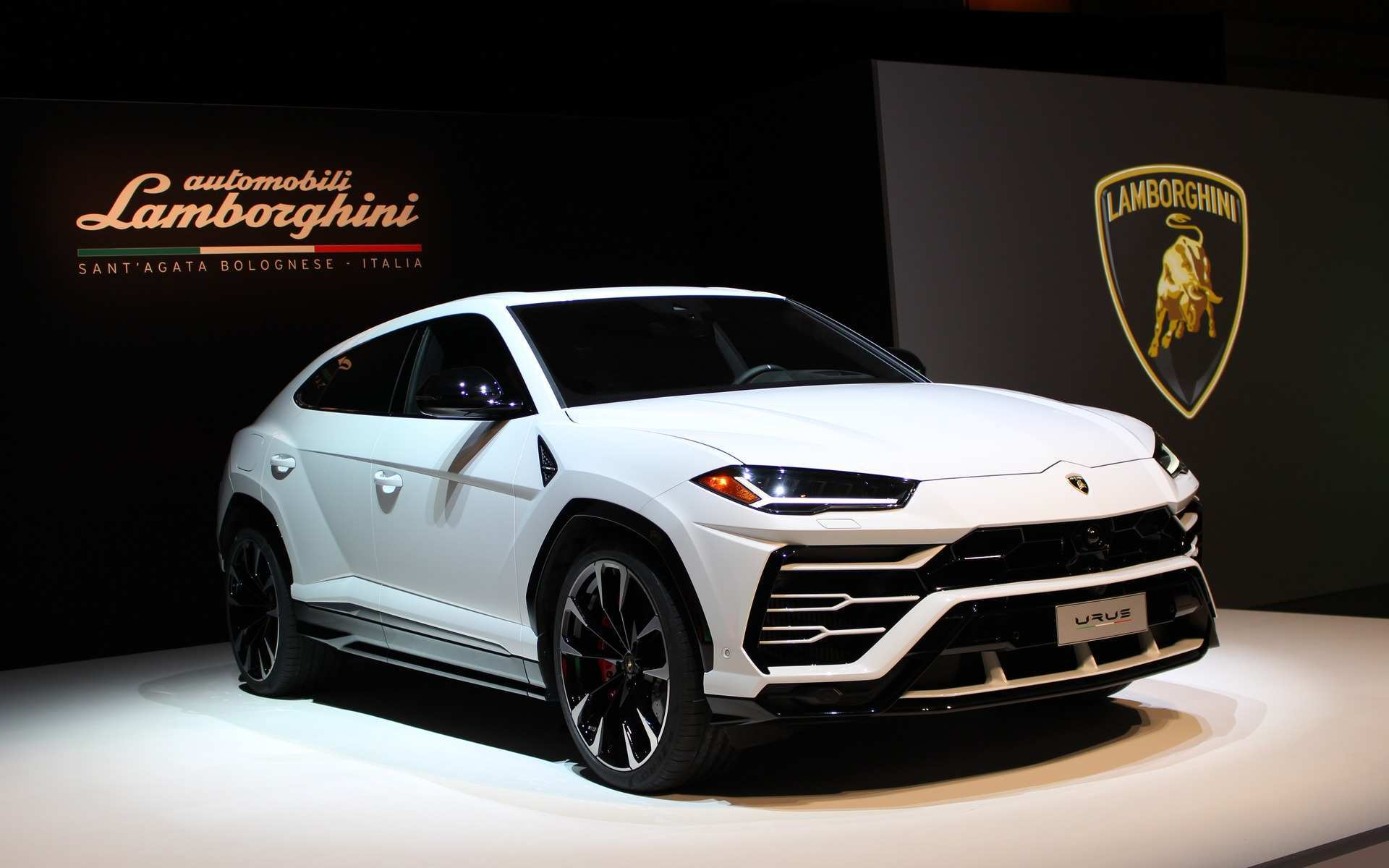 15 The Best 2019 Lamborghini Urus New Model And Performance
