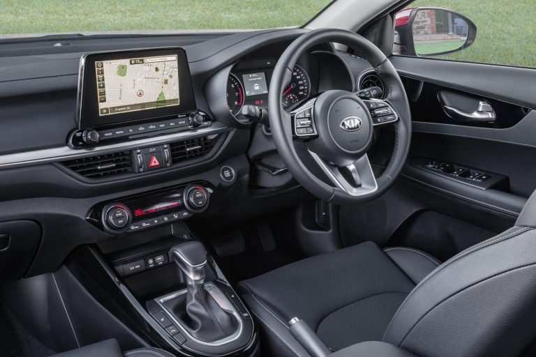 15 The Kia Cerato 2019 Interior Specs