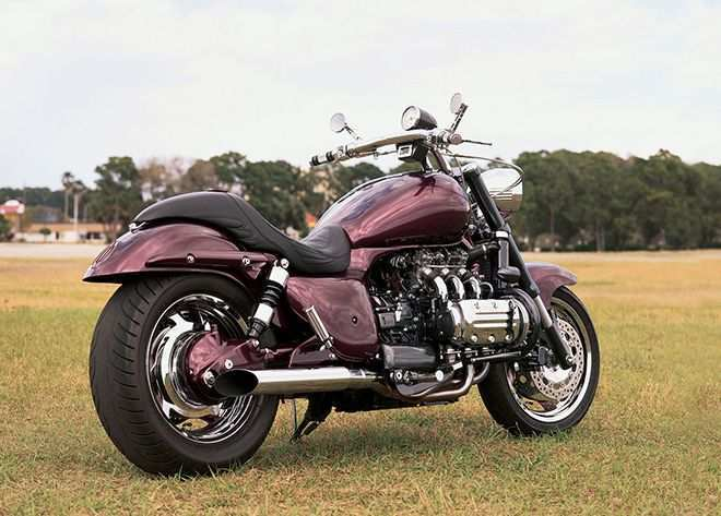 16 A Honda Valkyrie 2020 Photos