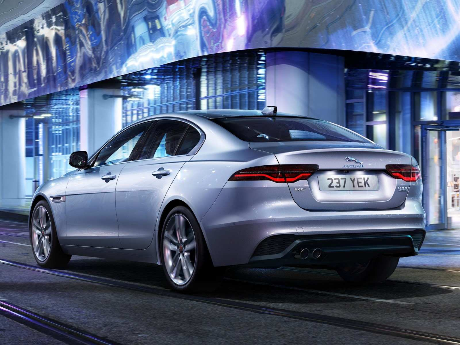 16 A Jaguar Xe 2020 Brasil Price And Review