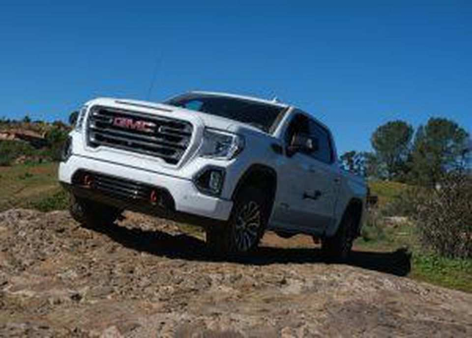 16 All New 2019 GMC Sierra 1500 Diesel Performance