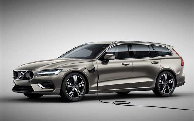 16 Best Volvo S60 2019 Hybrid Photos