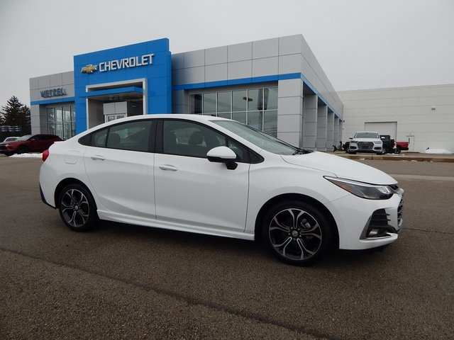 16 The 2019 Chevy Cruze Model