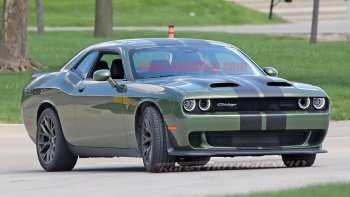 16 The 2019 Dodge Challenger Hellcat Style