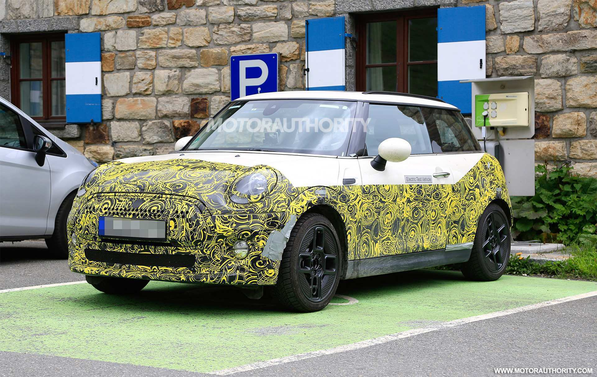 16 The 2020 Spy Shots Mini Countryman Spy Shoot