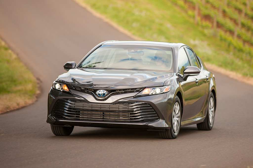 16 The Best 2019 Toyota Camry Se Hybrid Redesign And Review