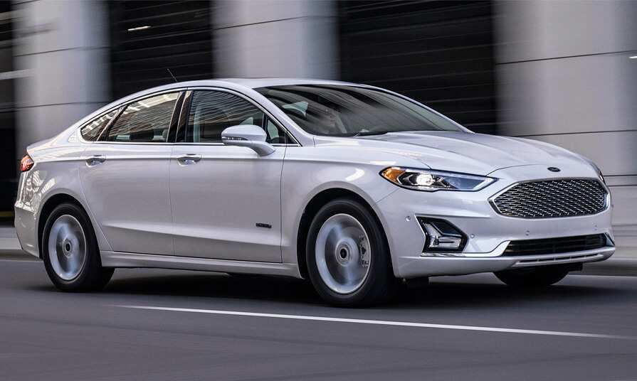 17 A 2019 Ford Fusion Energi Exterior And Interior