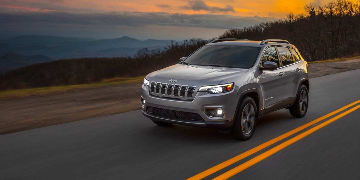 17 A 2019 Grand Cherokee Picture