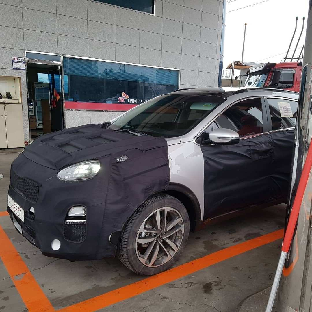 17 A 2019 KIA SportageSpy Shots Price And Release Date