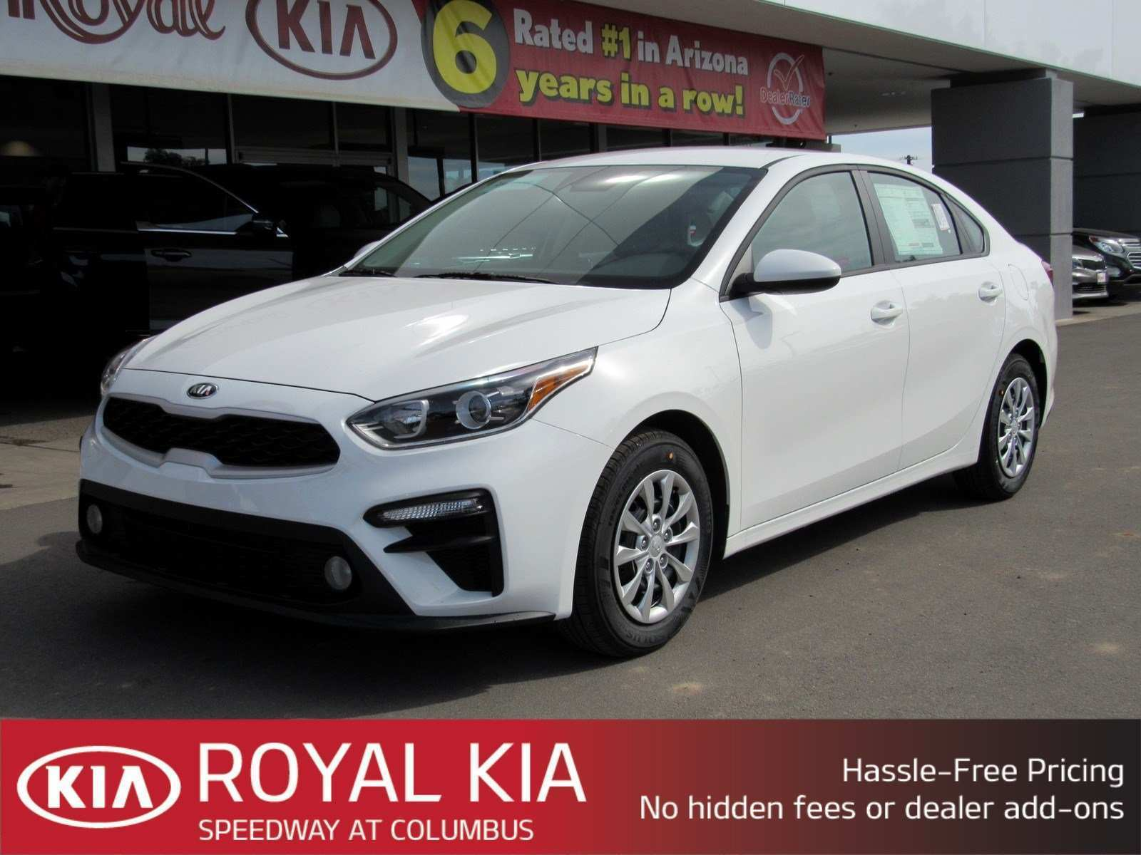17 A 2019 Kia Forte Images