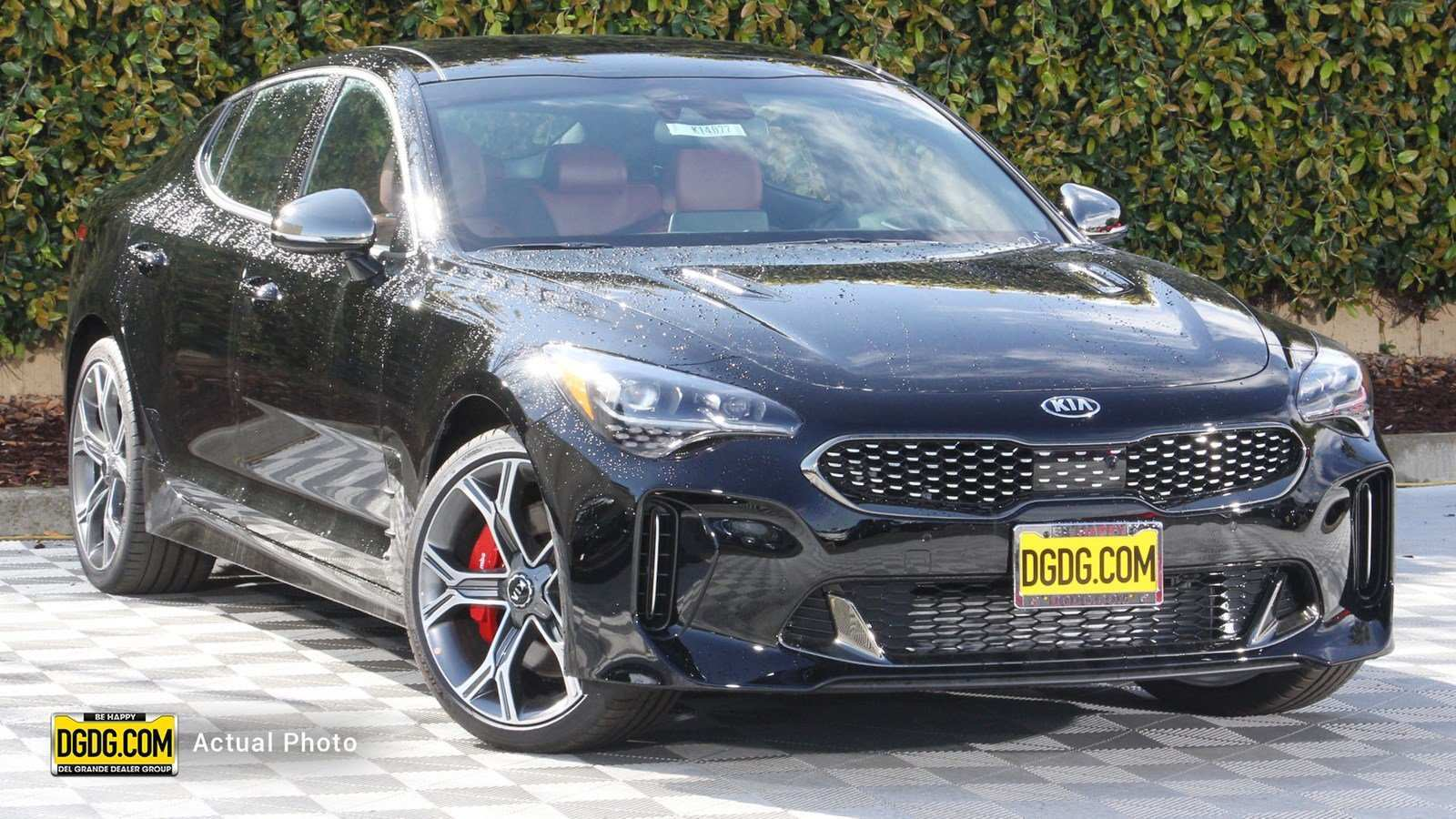 17 A 2019 Kia Stinger Gt2 Pricing